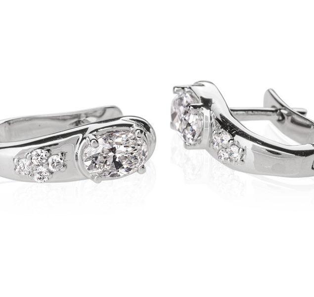 Золоті сережки з діамантами у формі овалу Hygiea E0632 - Фото 1